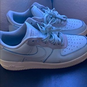 Devin booker Air Force 1s